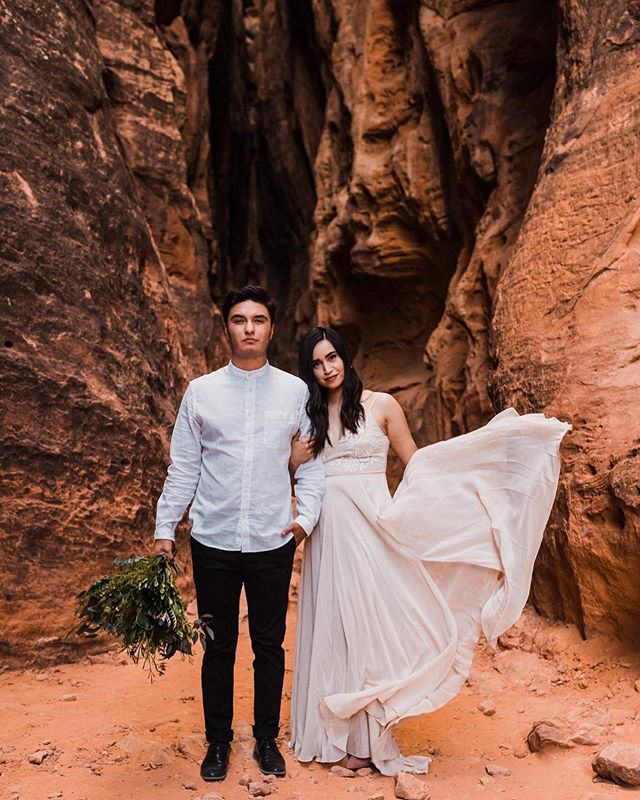 The desert was already very hot on this day but these two made it even hotter. 🔥Okay all jokes aside, this epic Southern Utah elopement is up on the blog and I am STOKED to be sharing it with you! Why? Well a few things! I'm sharing the location, things to do around this area of Southern Utah, my favorite hikes in this state park, and places to stay (including the airbnb Drew and I stayed at which included WATER PARK!). So even if you're not eloping anytime soon, this blog post has everything you need to plan your own trip to Utah. Swipe up on my stories for the link (LOL sike the link is in my bio). . . . . . . . #betweenthepine #destinationwedding #adventurouslovestories #adventureelopementphotographer #allaboutadventures #wandererscommunity #elopementphotographer #adventureelopement #adventureweddingphotographer #destinationwedding #elope #snowcanyon #snowcanyonstatepark #southernutah #southernutahbride #bohowedding #desertwedding #stateparkwedding #utahelopement #utahweddingphotographer #desertelopement #utahelopementphotographer #stgeorgeutah #snowcanyon #snowcanyonstateparkwedding #slotcanyonwedding #slotcanyon #slotcanyonelopement