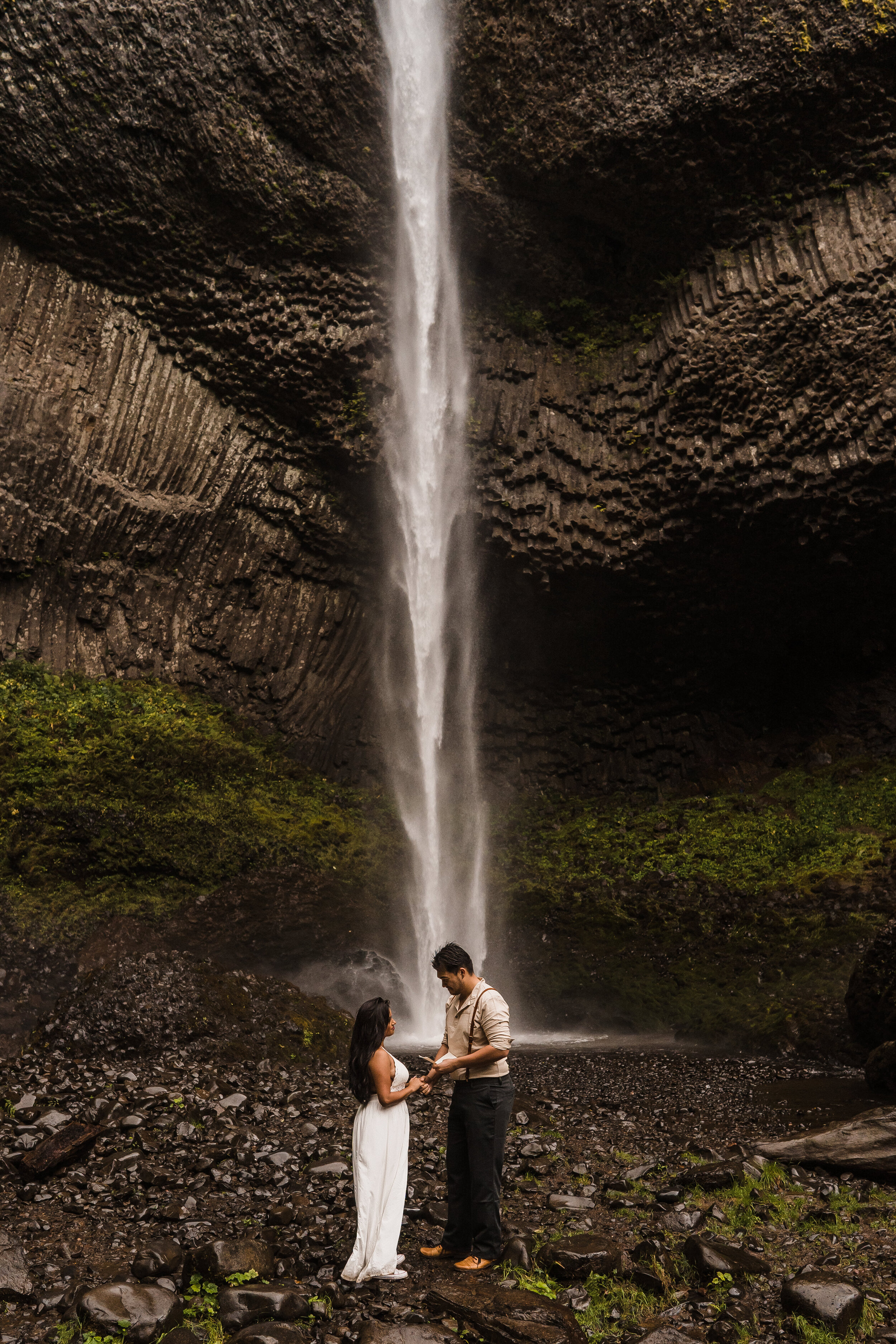 Columbia River Gorge: Elopement Style Vow Renewal-37.jpg