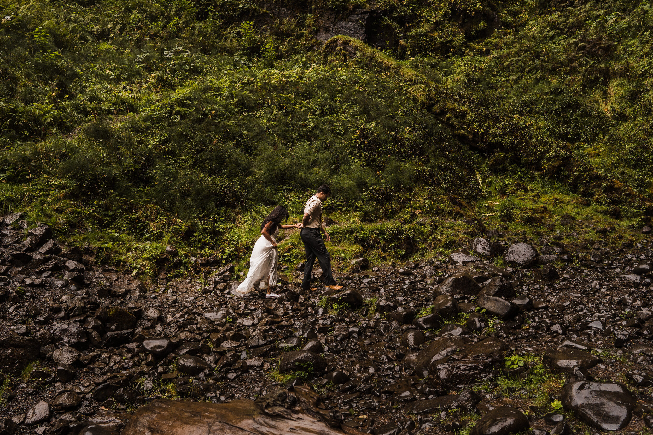 Columbia River Gorge: Elopement Style Vow Renewal-25.jpg