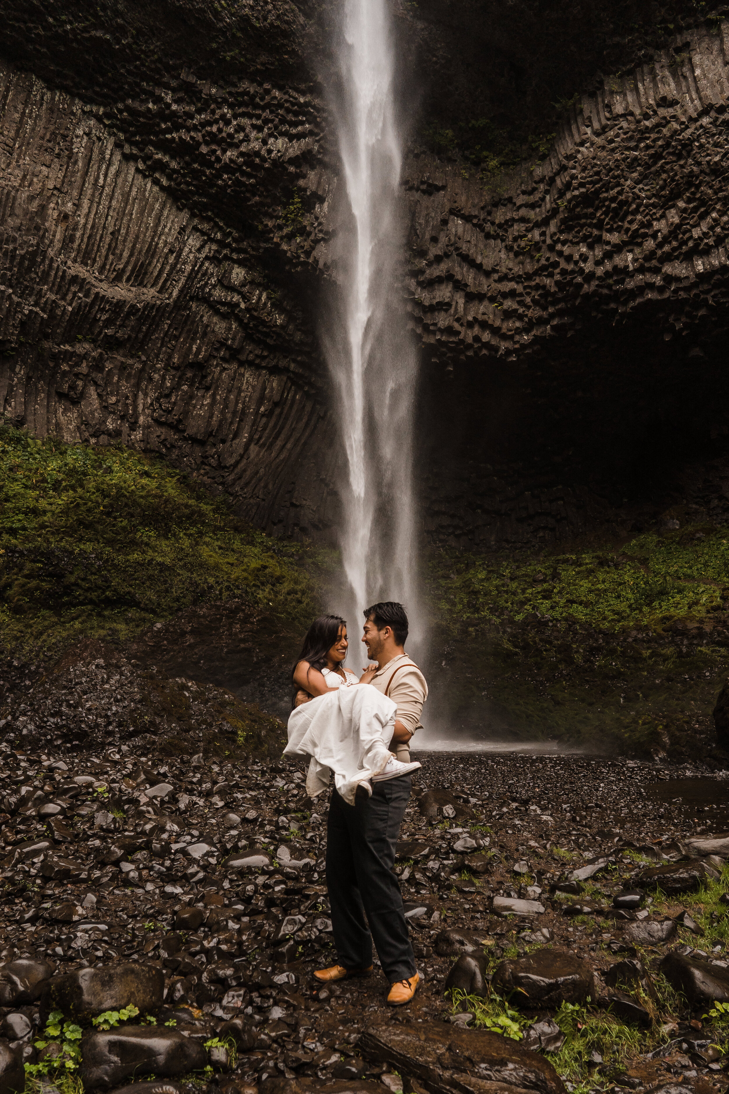 Columbia River Gorge: Elopement Style Vow Renewal-105.jpg