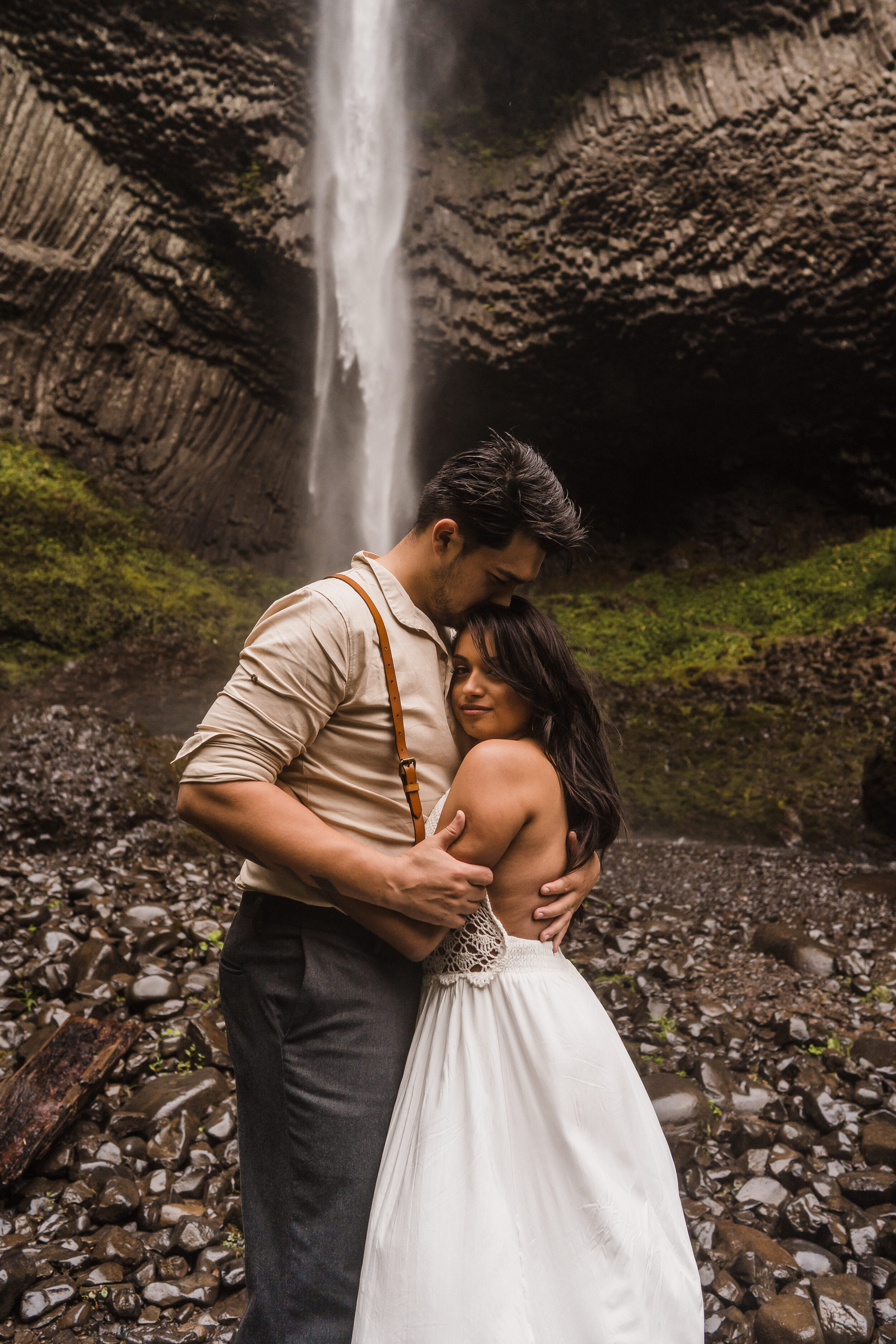 Columbia River Gorge: Elopement Style Vow Renewal | Between the Pine Adventure Elopement Photography