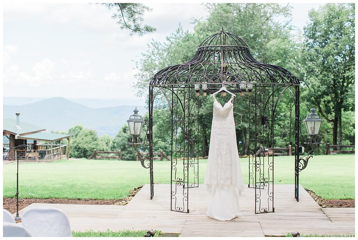 lynchburg_va_wedding_photographer_lexi_stephen1.jpg