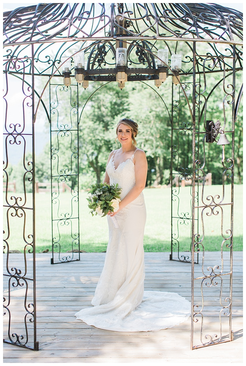 lynchburg_va_wedding_photographer_lexi_stephen10.jpg