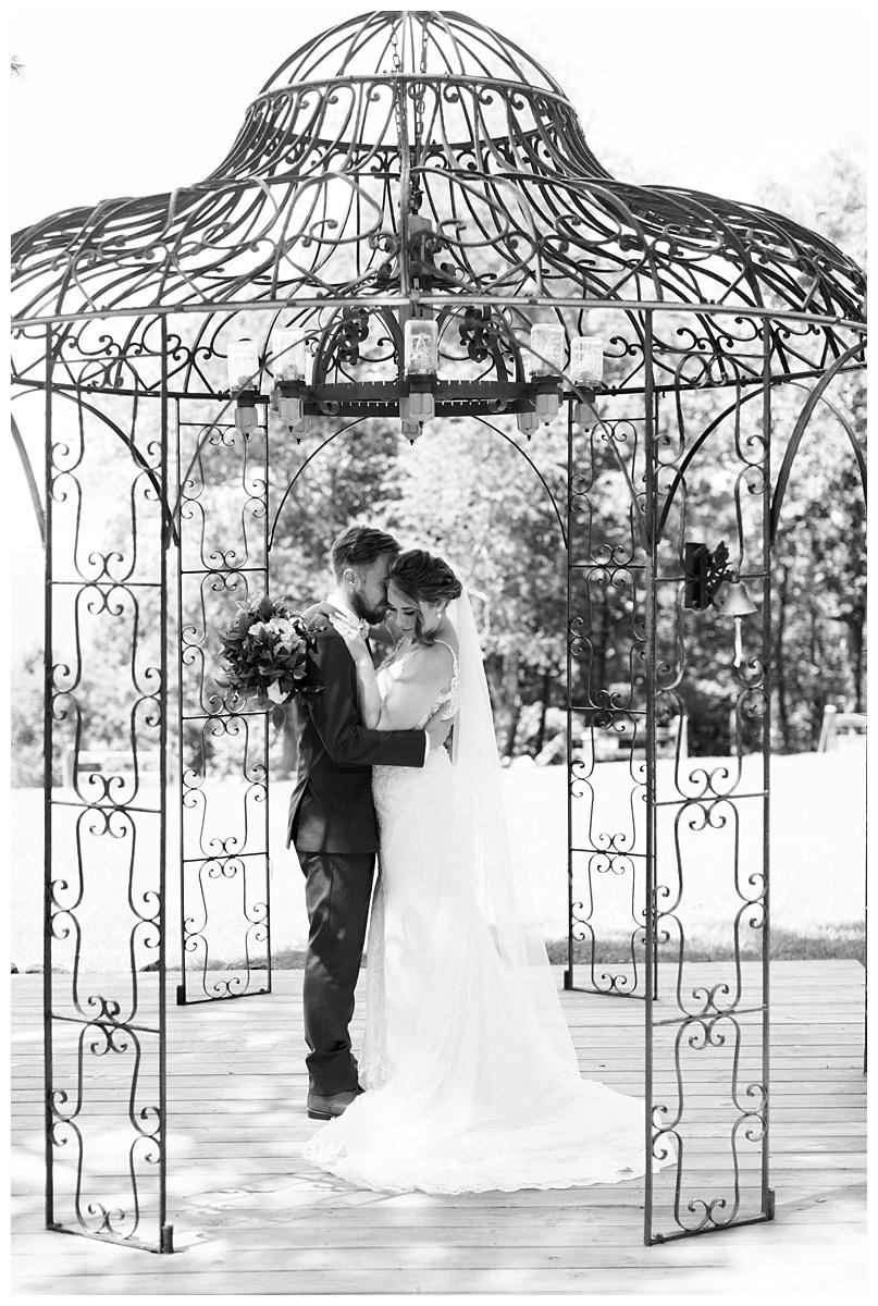 lynchburg_va_wedding_photographer_lexi_stephen44.jpg