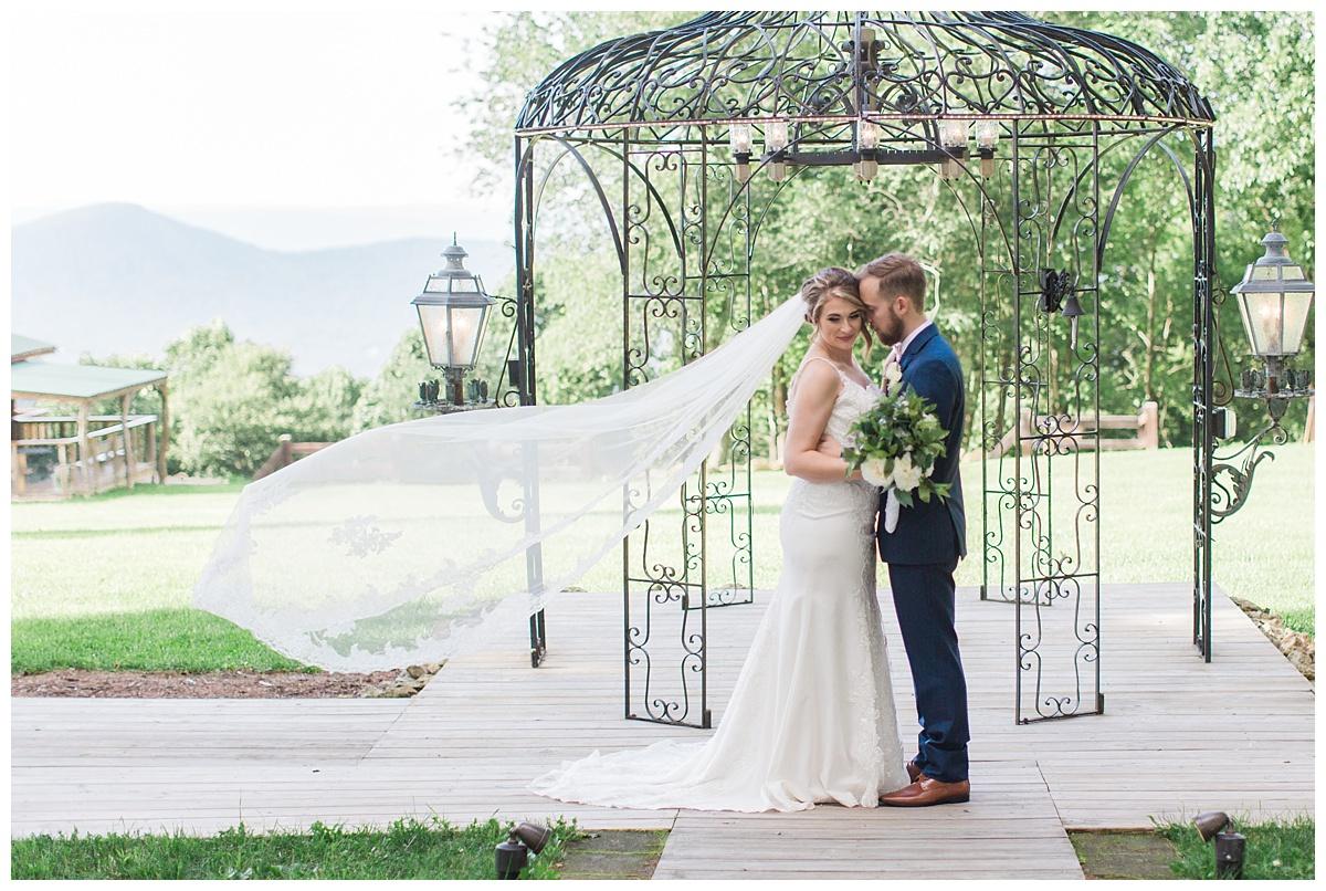 lynchburg_va_wedding_photographer_lexi_stephen48.jpg