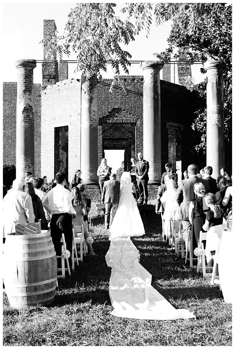 charlottesville_va_wedding_photographer_lori_matt53.jpg