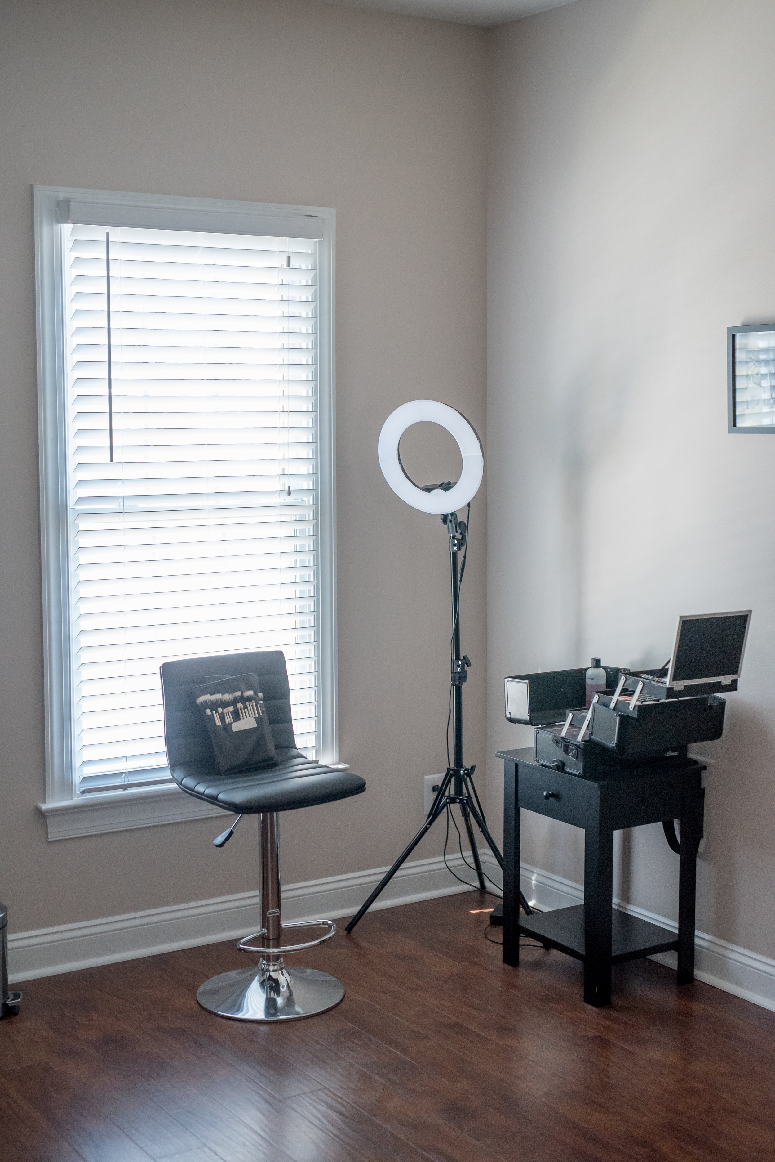 the studio - BY APPOINTMENT ONLYWyndhurstLynchburg, Virginia 24502 USA(434) 944-3324chantay@inyourfacemakeupart.com
