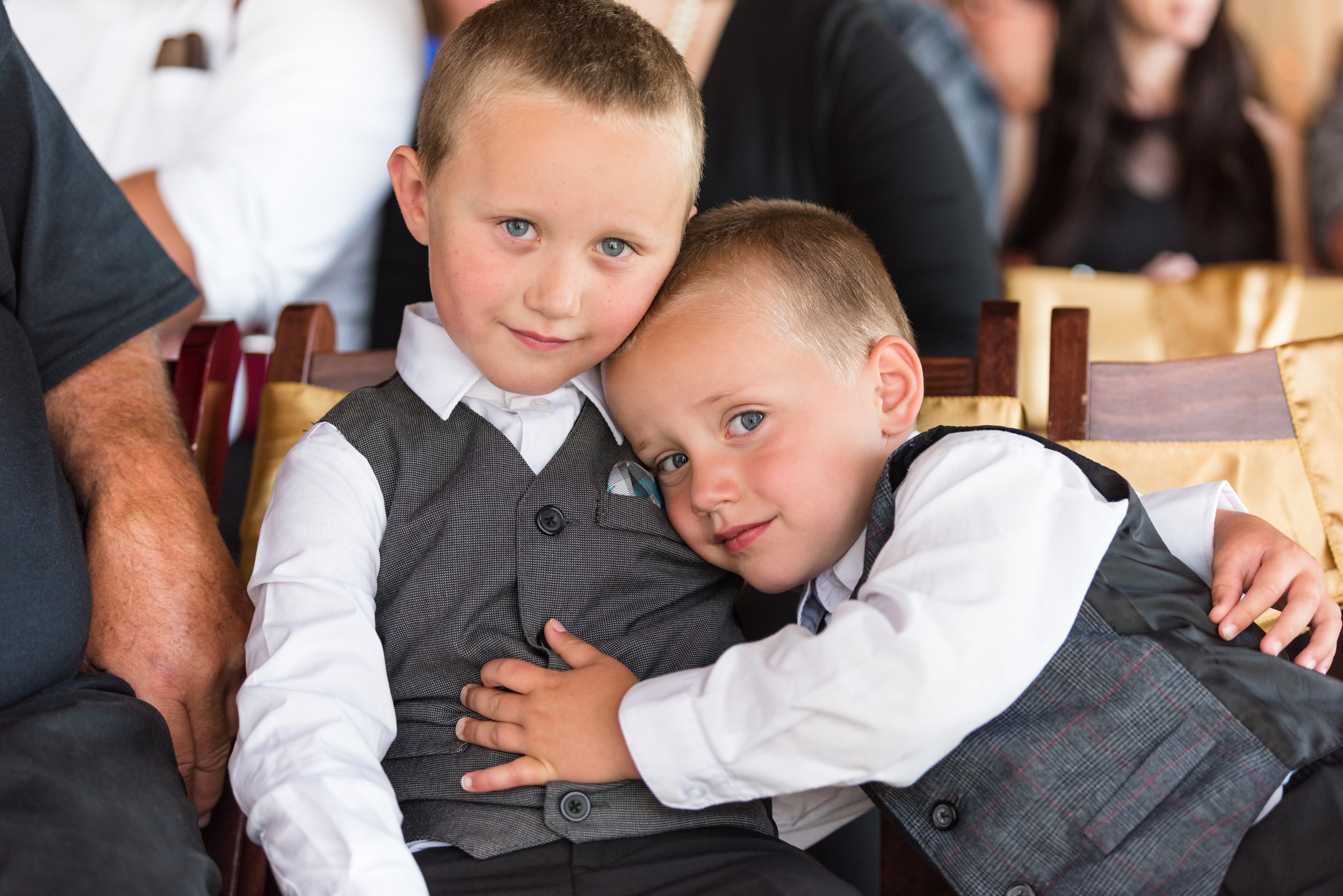 Could the ring bearers be any cuter?! Is your heart melting right now??