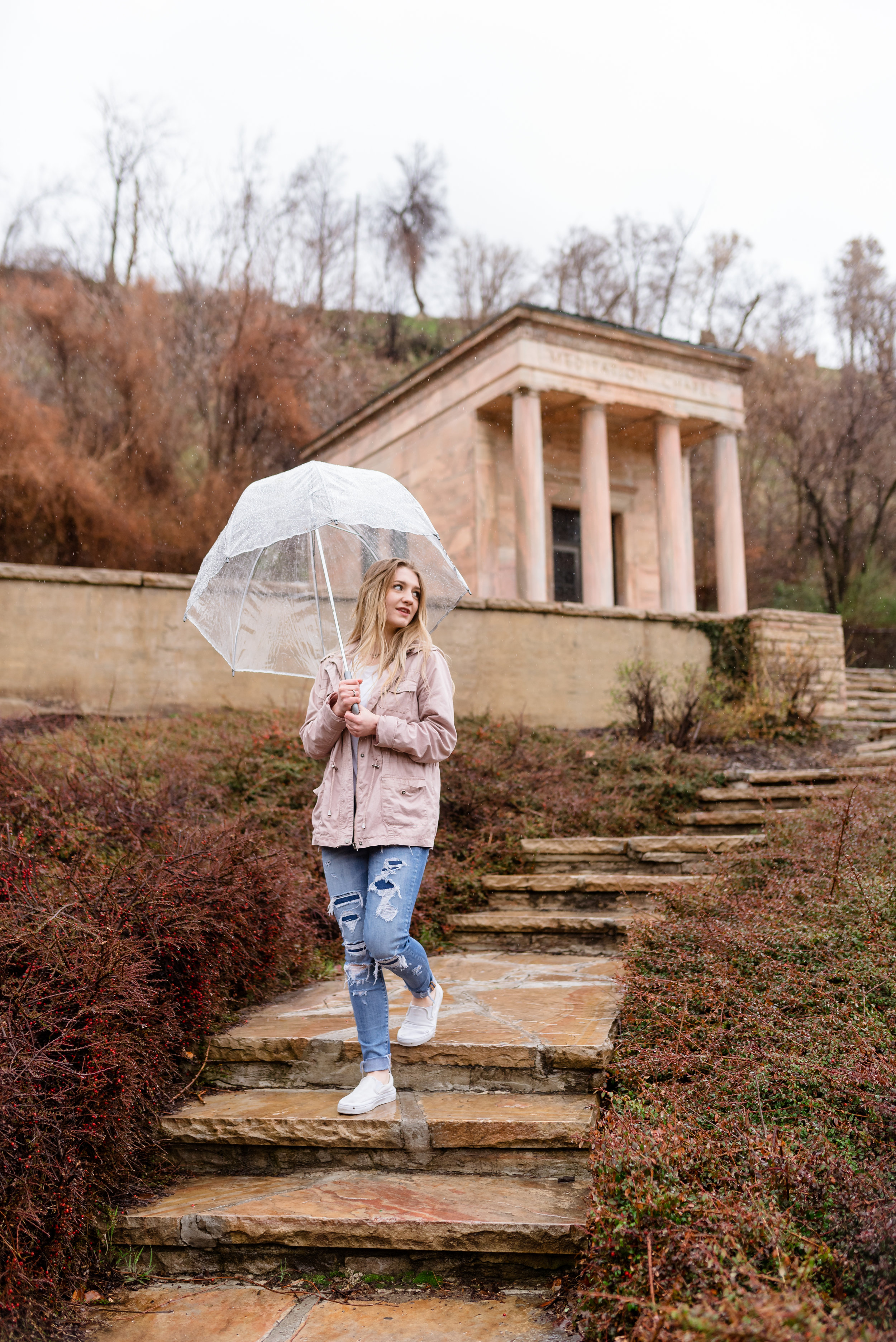 Senior girl pictures in the rain at Memory Grove Park in Downtown Salt Lake City.
