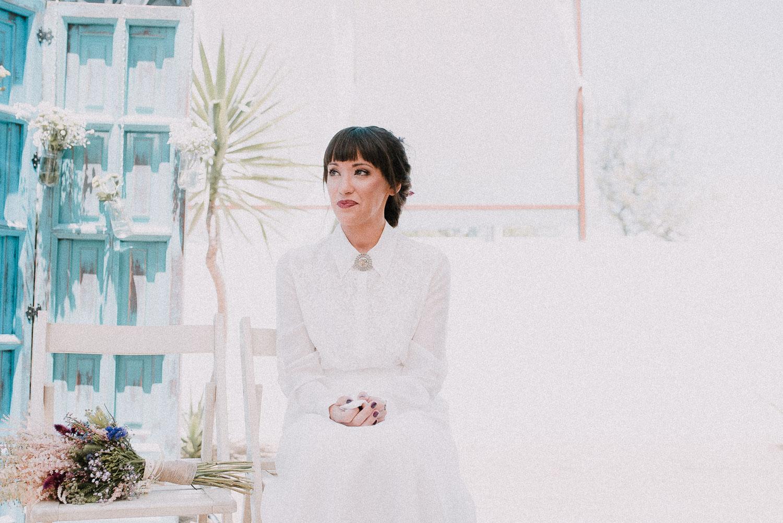 novia escucha boda intima sevilla
