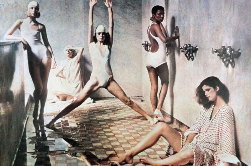 Deborah Turbeville –  Astor Levy Bath House , Vogue America maggio 1975.