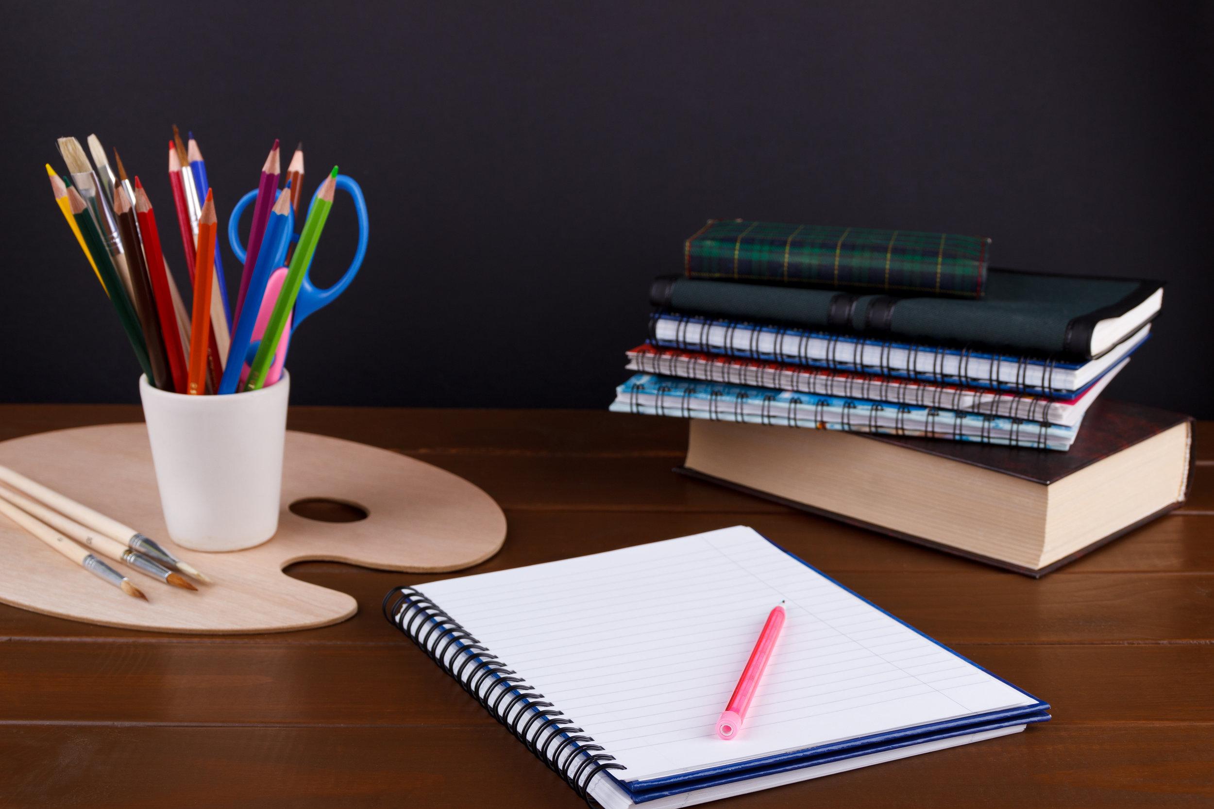 student-studies-accessories-PVHH5DA.jpg