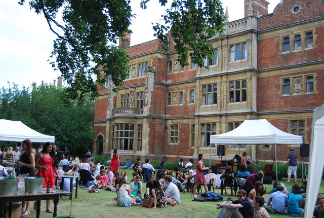 A garden party at Sidney Sussex college
