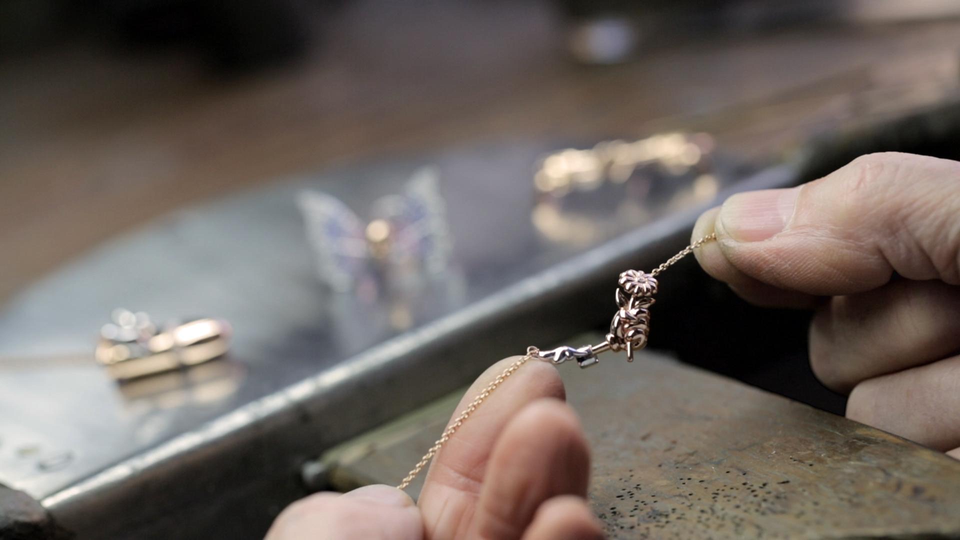 I Am Suarez - Jewellery collaboration with Joyería Suárez
