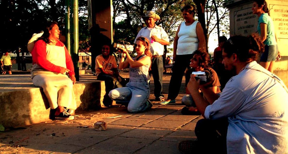 Plaza Fátima - 1º Intervención como colectivo en la zona de la ramada, durante la documentación a las personas del lugar, 2009