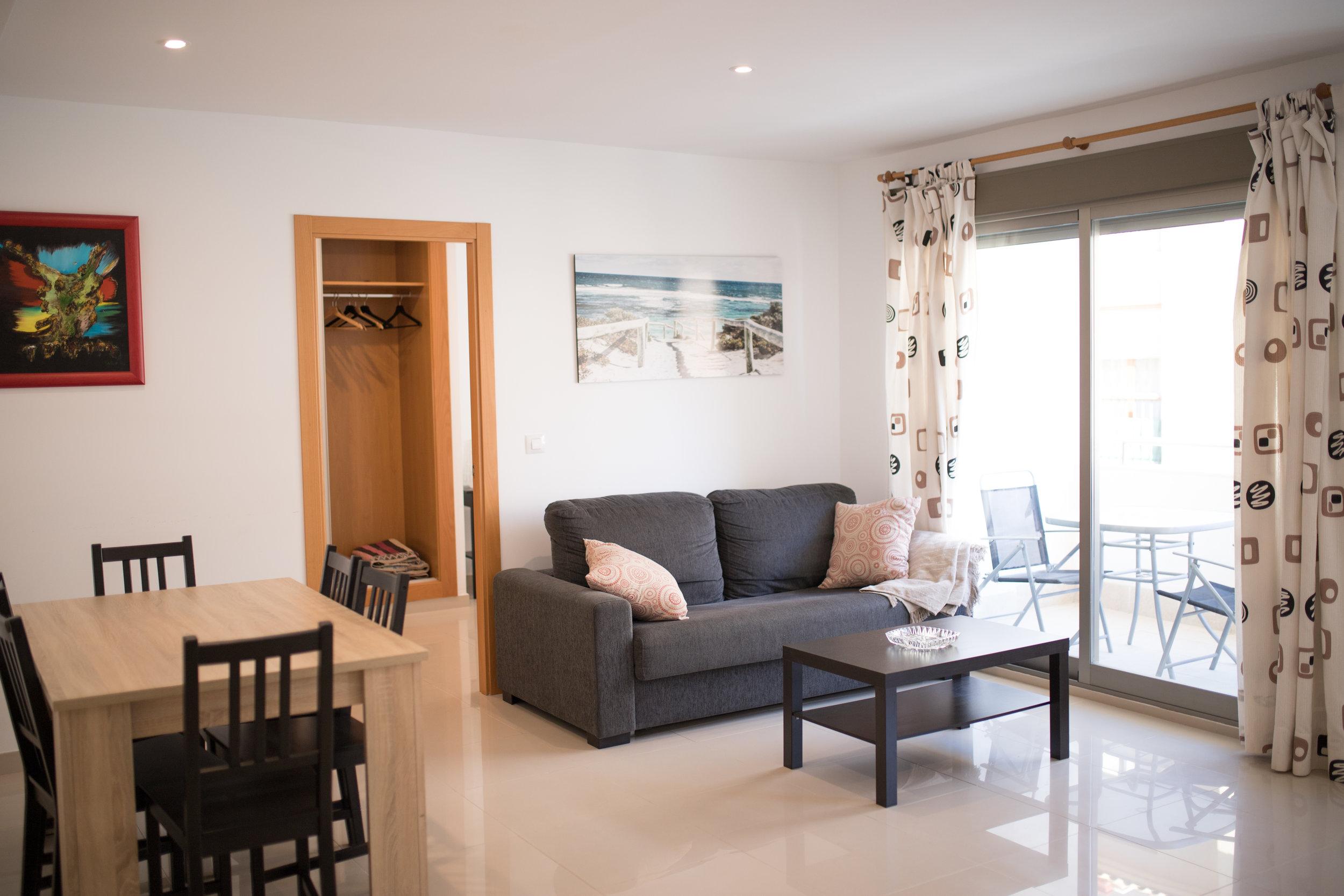 Residencial la red  rent apartment Alicante summer