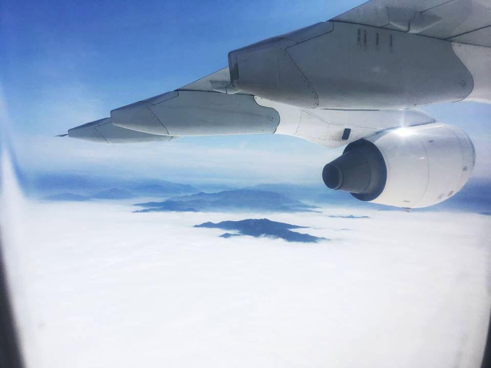 airplaneFlyingOverPeru.jpg