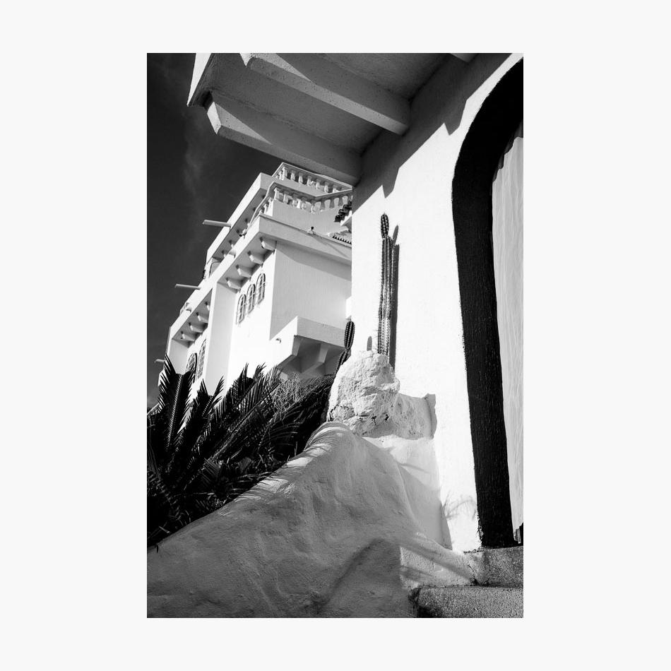 ©-2017-Harry-W-Edmonds-London-Street-Photographer-Santa-Marta-Photographer's-Note-Casa.jpg