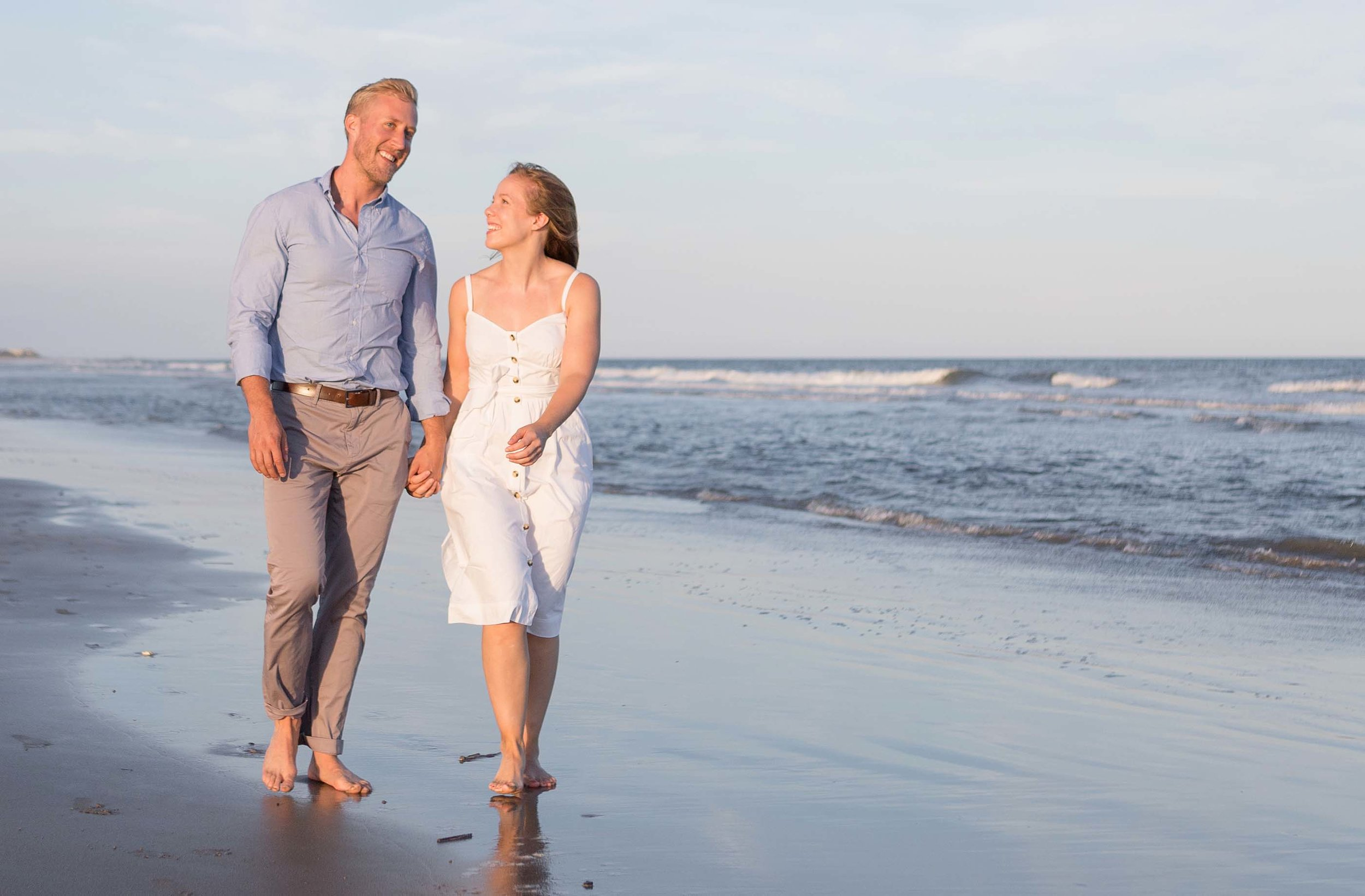 Couples portrait on the Isle of Palms.