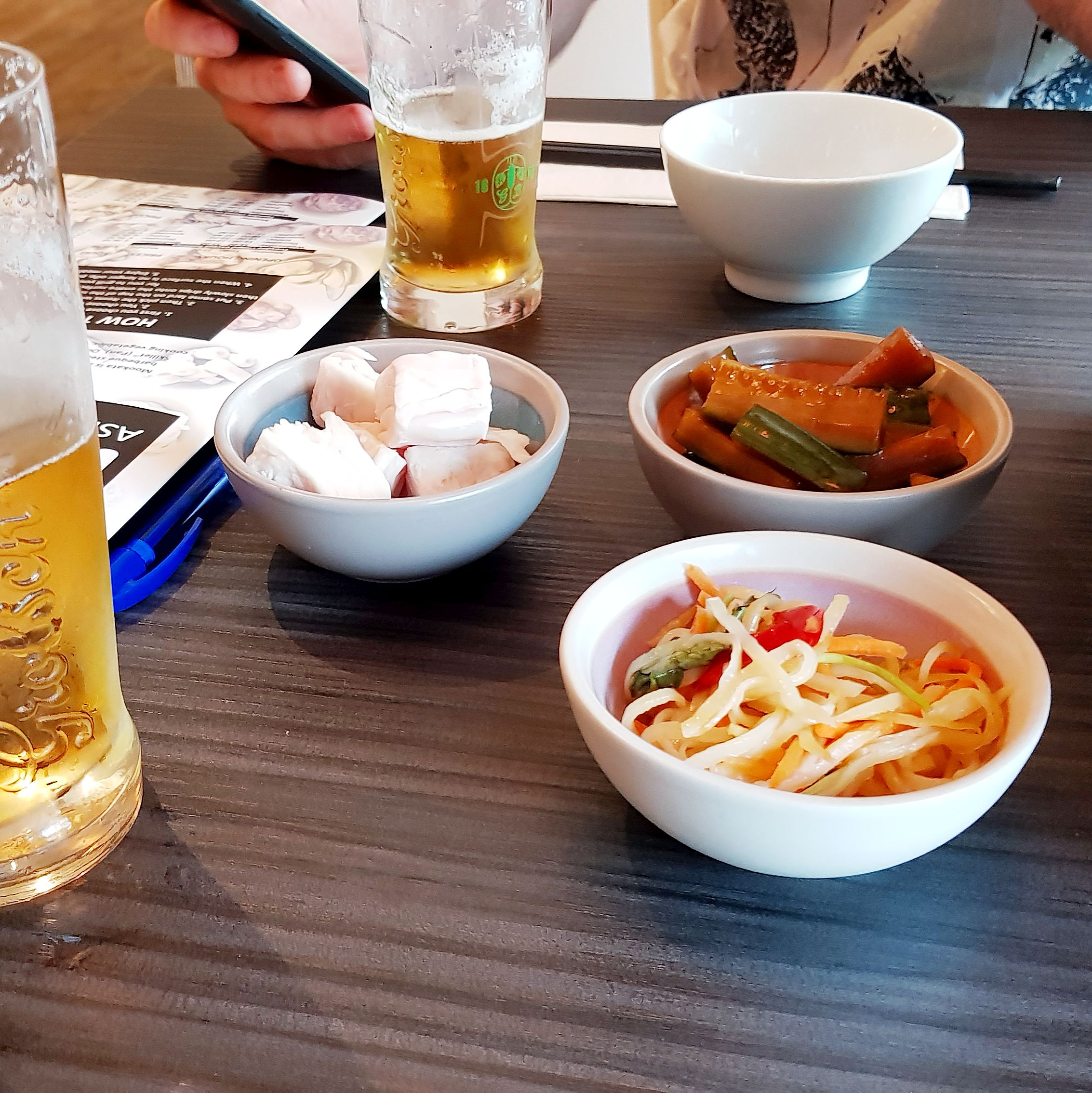 Mookata Restuarant Rotterdam Nederlands Korean BBQ Chinese Hot Pot side dishes asian craving