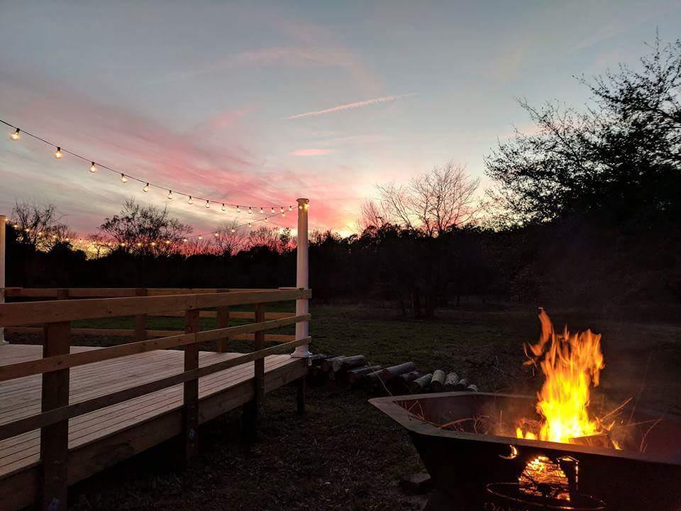 Spotlight On: Oakley Honey Farms   Palmetto State Weddings
