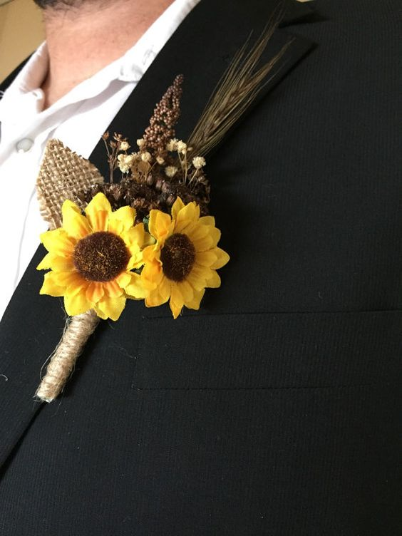 Sunflower Boutonniere via Etsy
