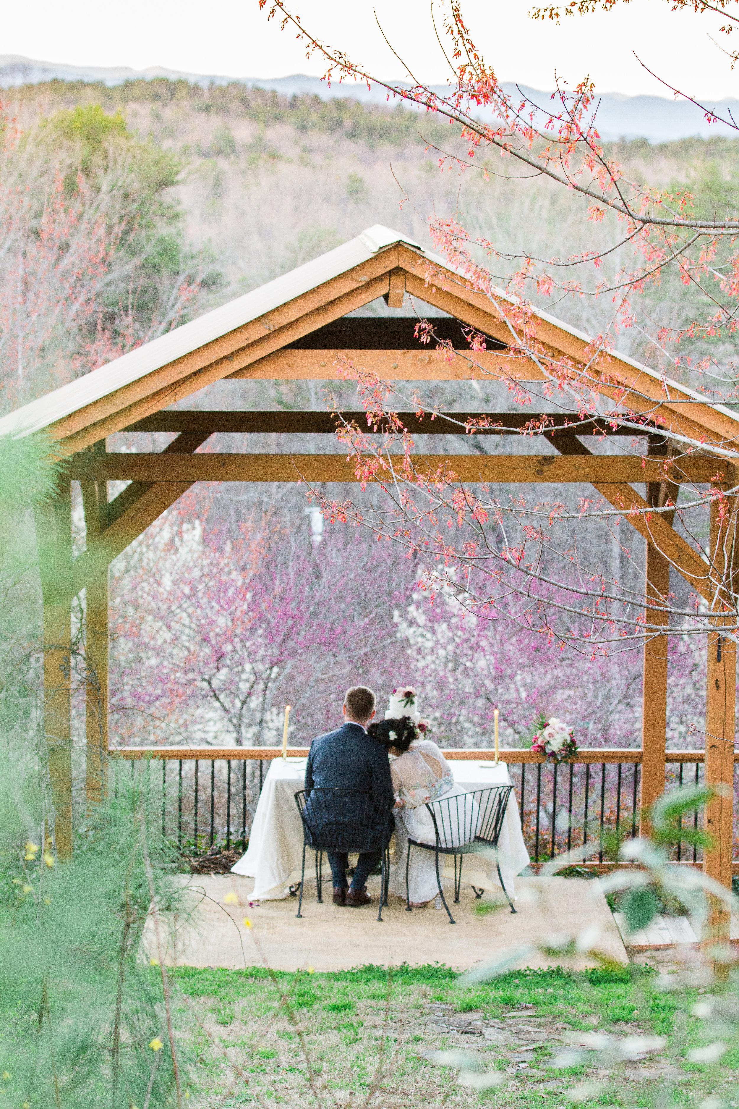 Three Pines View Lodge   Salem