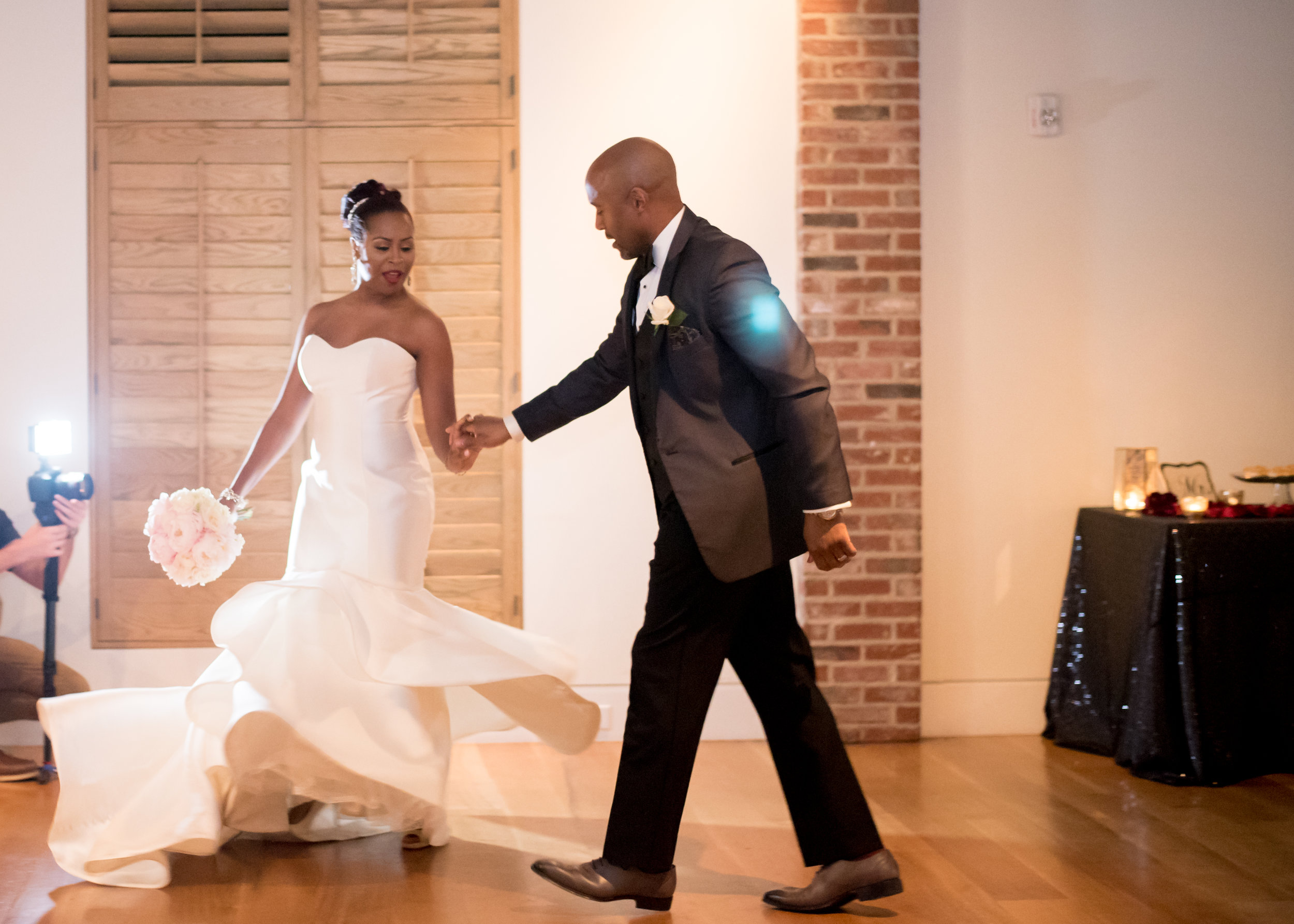 Adrienne + Kevin: Upbeat Cannon Green Wedding for a Devoted Couple | Palmetto State Weddings