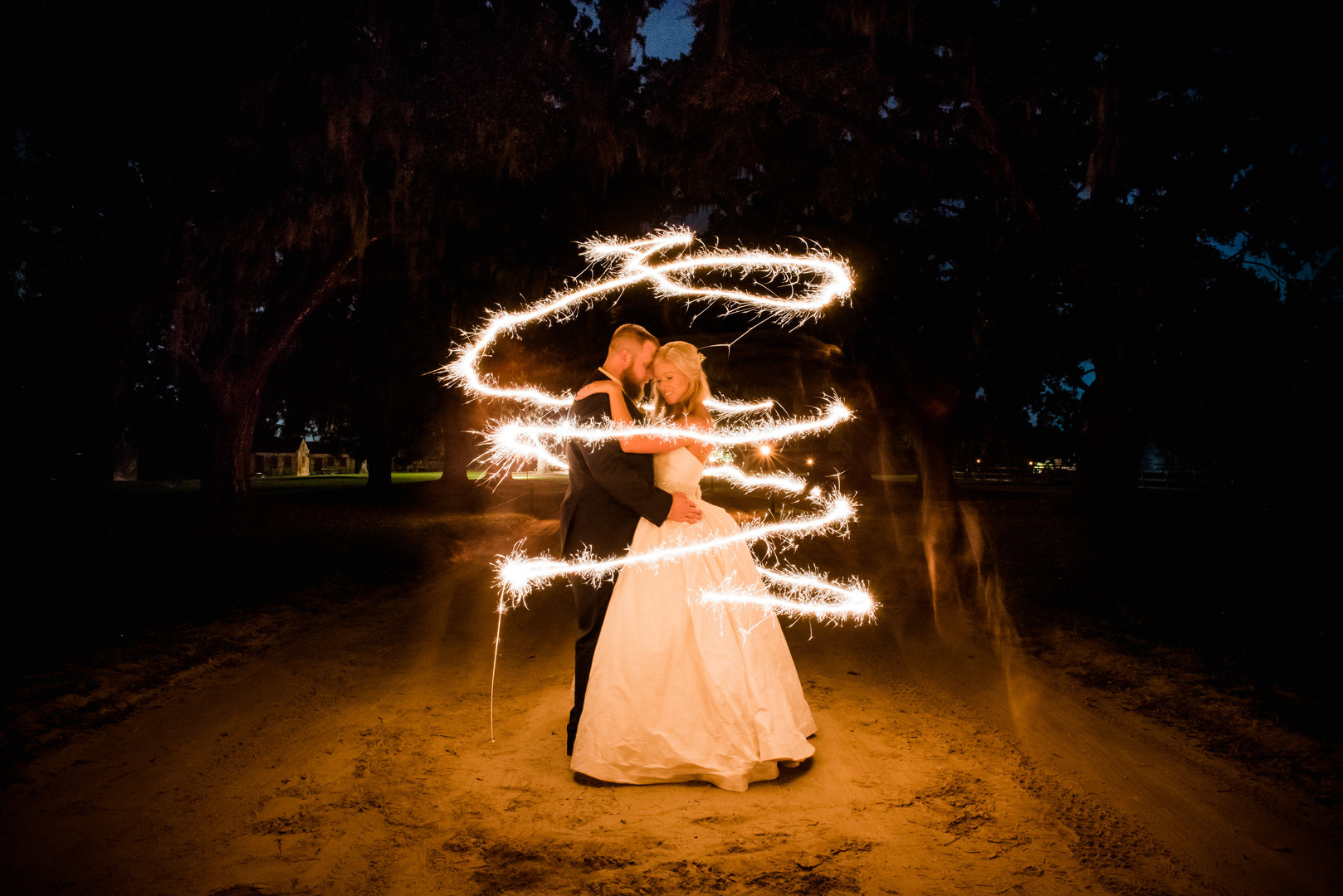 Jillian + Bill: Dreamy Boone Hall Plantation Wedding, Mount Pleasant, South Carolina | Palmetto State Weddings