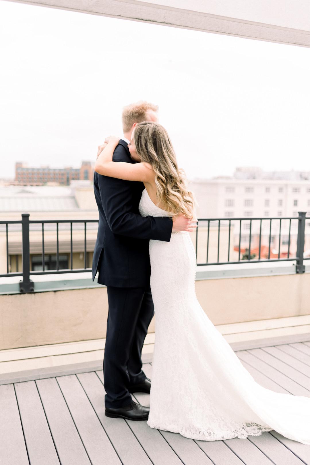Sara + Gabe: Intimate Charleston Wedding at White Point Garden   Palmetto State Wedding