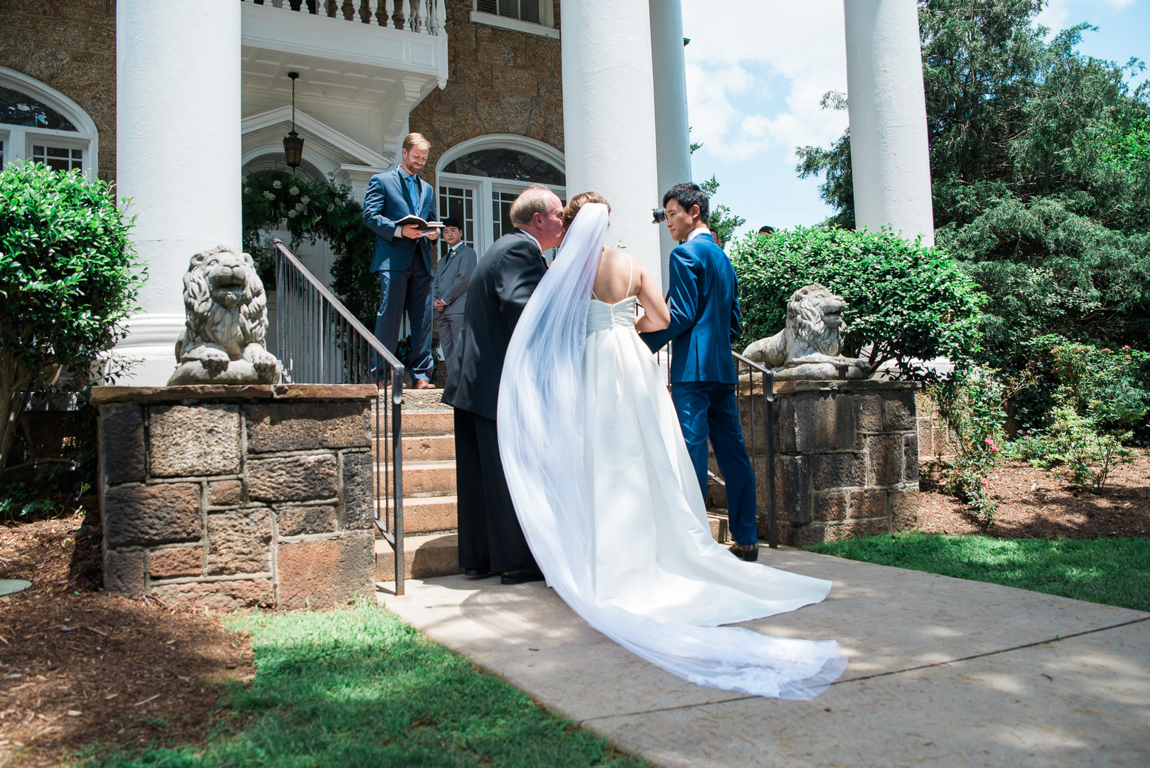 Meredith + Jonathan: Gassaway Mansion Wedding with Brunch Reception | Palmetto State Wedding