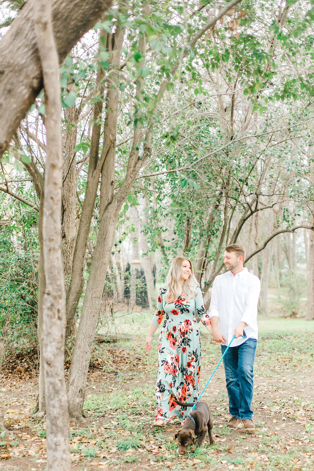 Mallory + Mac: Doggone Cute Engagement Portraits in Columbia | Palmetto State Weddings