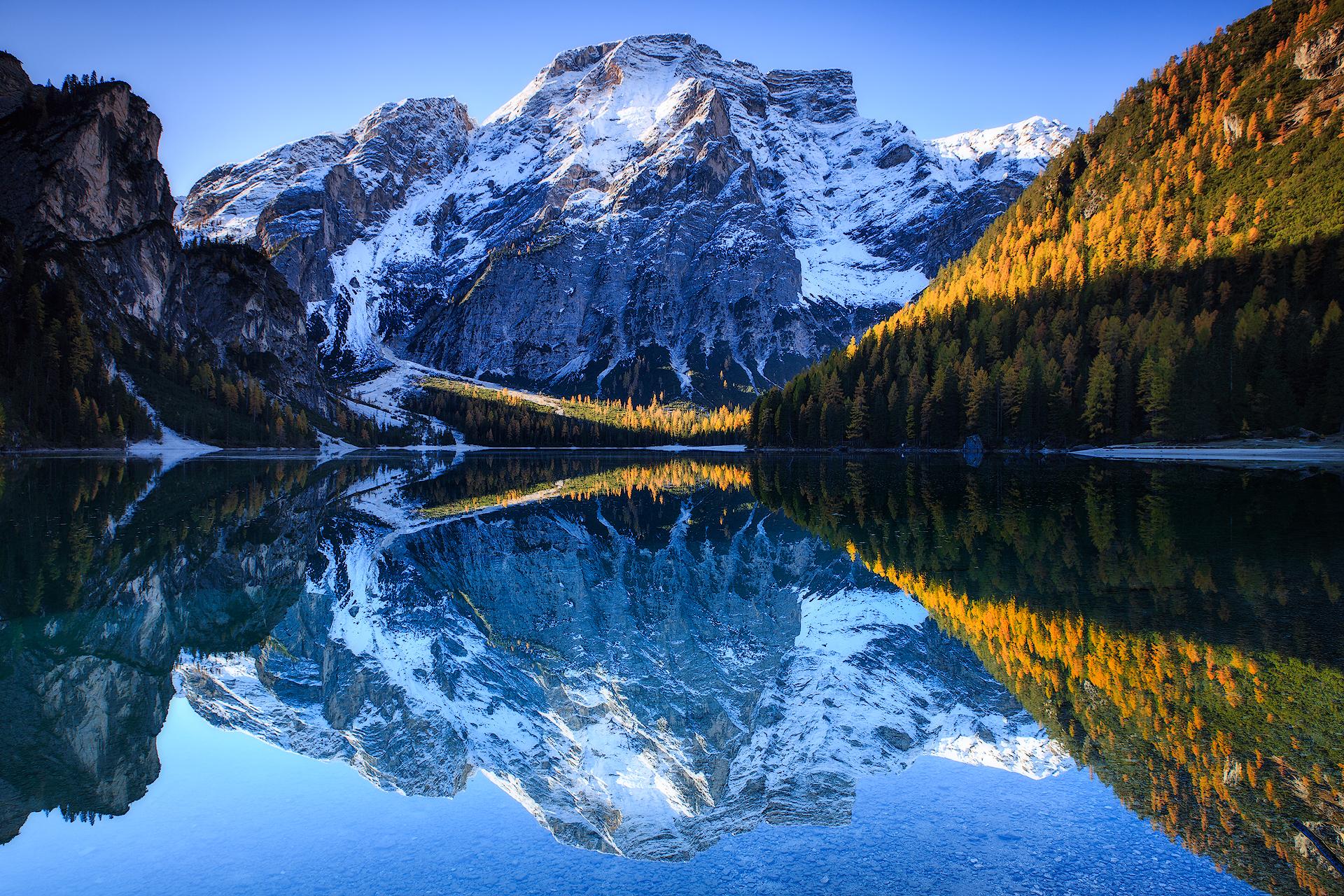 (Braies lake, Dolomites)