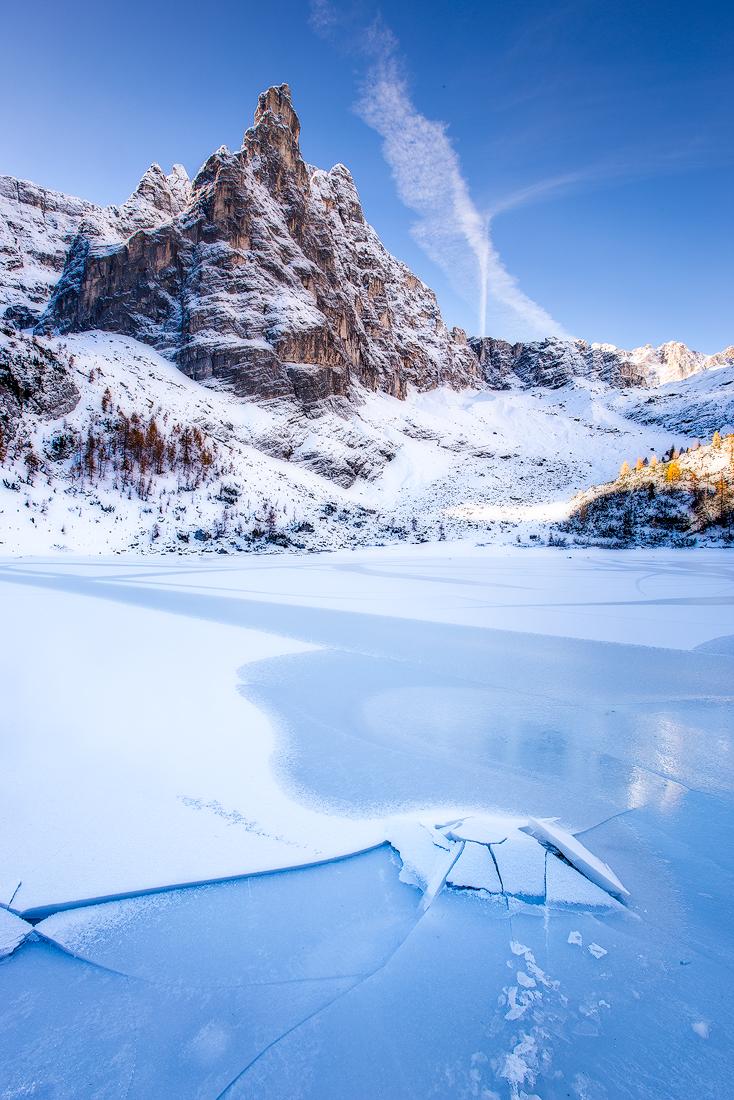 (Sorapis lake, Dolomites)