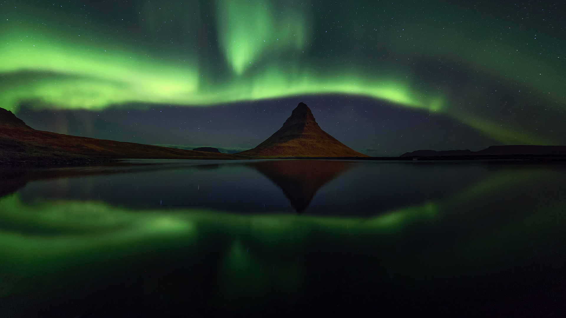 Strong northern lights panorama.