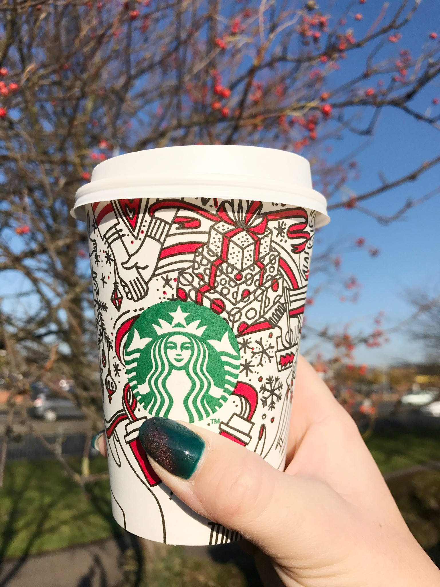 Eggnog latte in a Starbucks Christmas cup = happy Carly
