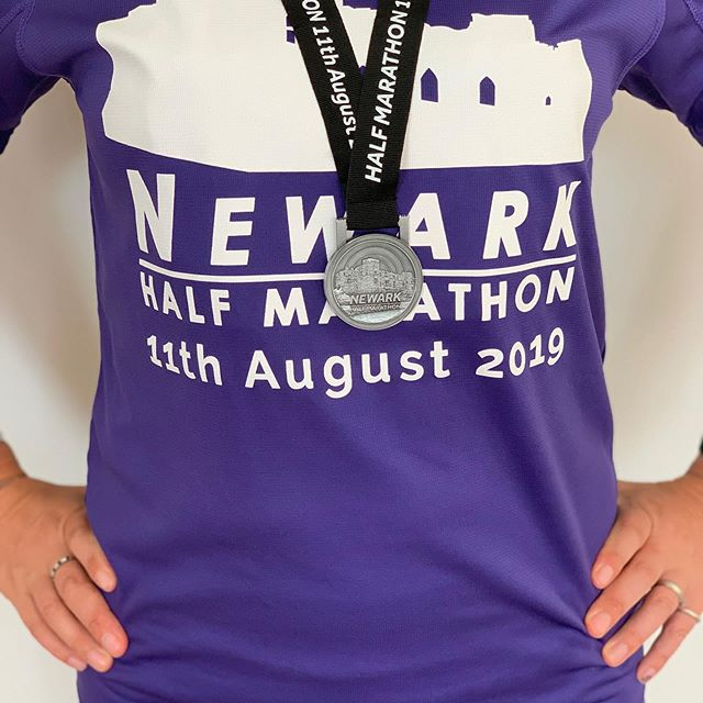 "#medalmonday from yesterday's @thenewarkhalfmarathon 1:54:27 🏅  Missed my PB by 13 seconds. Am I bothered? No, not really. I didn't set out to PB yesterday. It was really windy, rain was forecast and I didn't have average pace or anything set up on my Garmin. So I ran by feel instead, and it turned out really well! (although if I'd realised there was only 13 seconds in it I'm sure I'd have pushed more in the final mile! 😜) This medal is special as it represents how far I've come. I did this same race at this exact time last year. My 5th half marathon at the time, and it was also week one, day one of training for the Valencia Marathon. I came in at 2:10, taking 9 minutes off my previous PB. I was absolutely ecstatic and so very proud of myself.  Considering my first HM time in October 2016 was 2:38, I couldn't believe I'd achieved a 2:10! As for sub-2, I thought that was only for ""fast runners"", of which I most definitely was not. I wasn't sure I would ever break that barrier.  But between then and now, my half marathon time has actually dropped by 16 minutes to 1:54:14. Rather than being grumpy yesterday about missing a PB that I wasn't even trying for, I've instead reflected and thought about the progress I've made over the past year.  I'll be signing up to this race again next year and I'm quite excited to see how far I will have come by then!  Just got to keep plodding!"