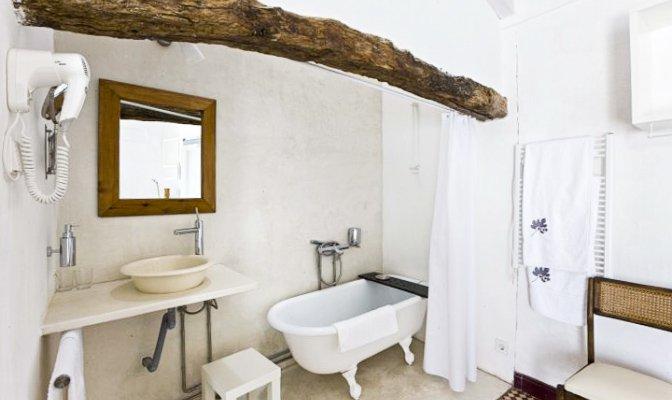 520013ea94081-vacation-rentals_companhia-das-culturas-castro-marim_portugal_int13.jpg