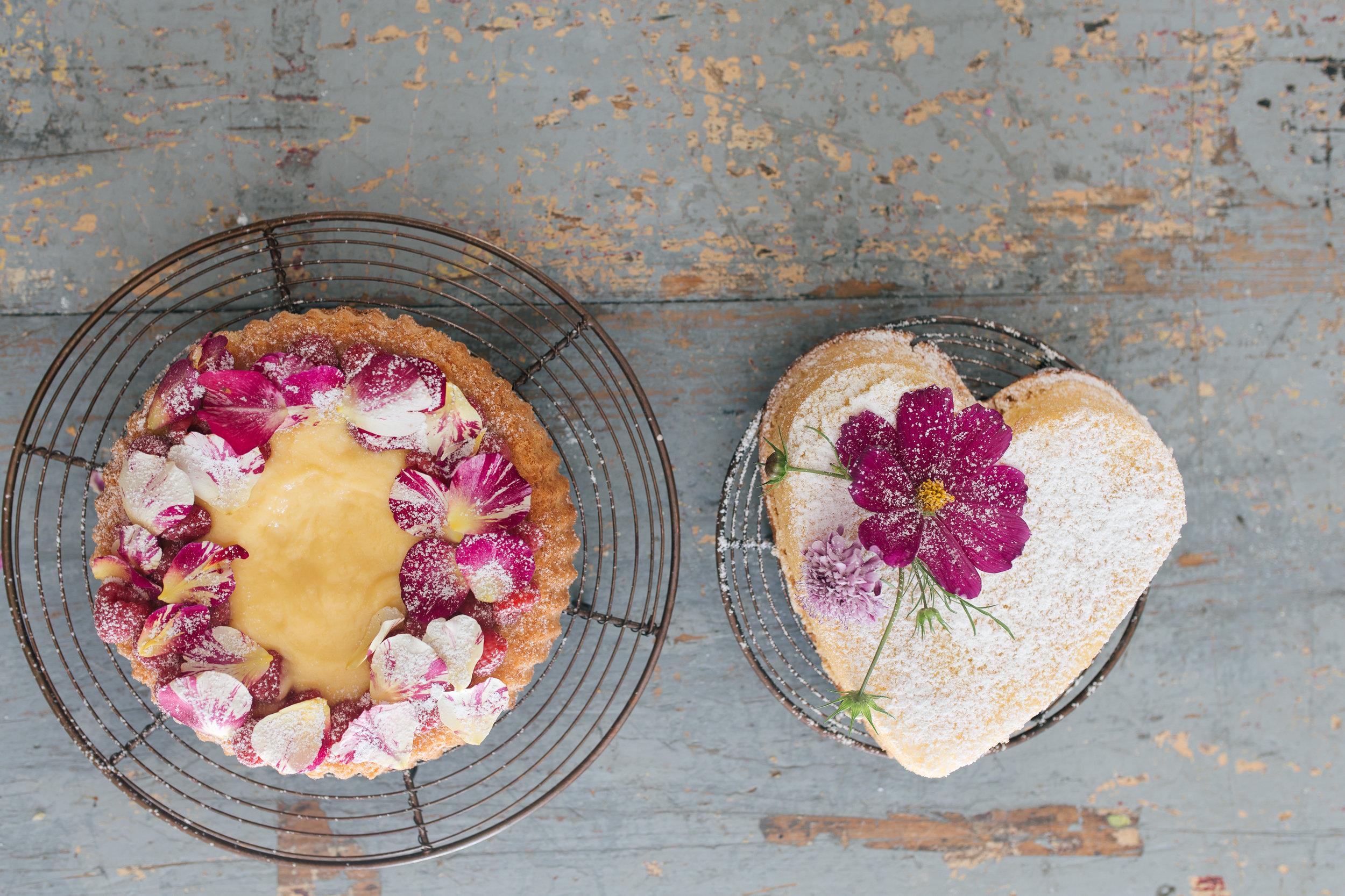 Lemon curd tart and sponge cake