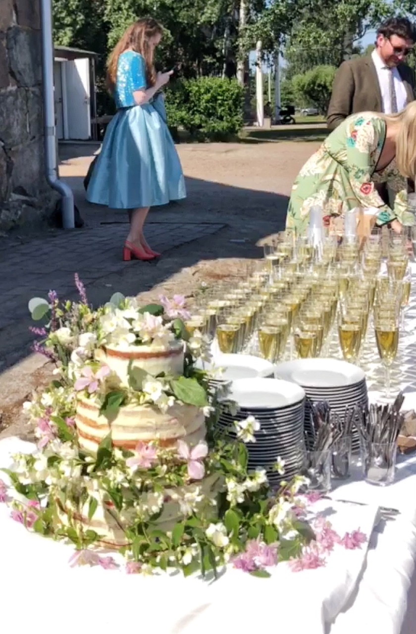 The cake, champagne and pretty frocks.