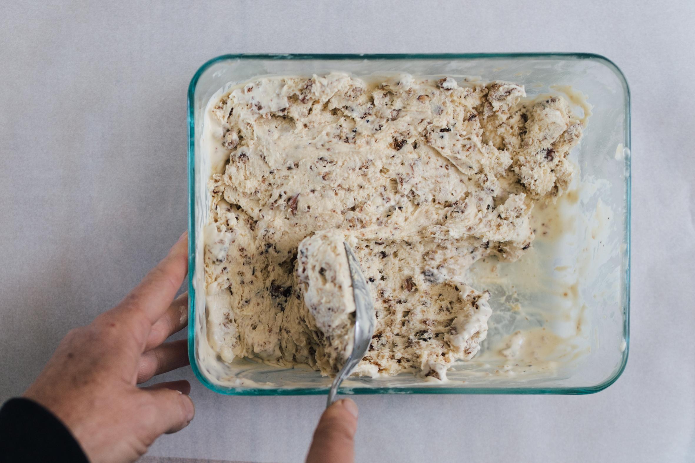 Brown bread no-church ice cream
