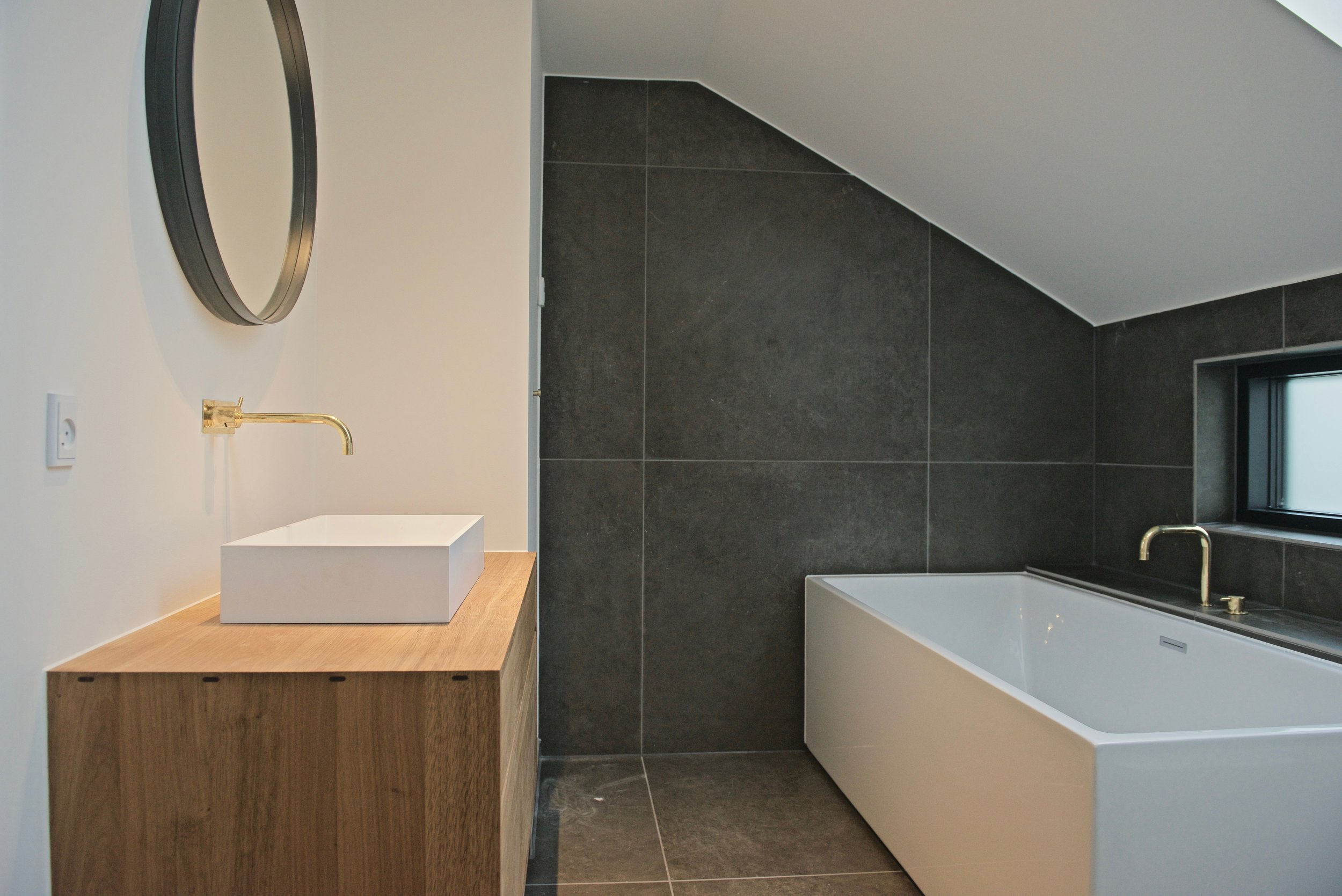 Det færdige badeværelse på 1. sal.