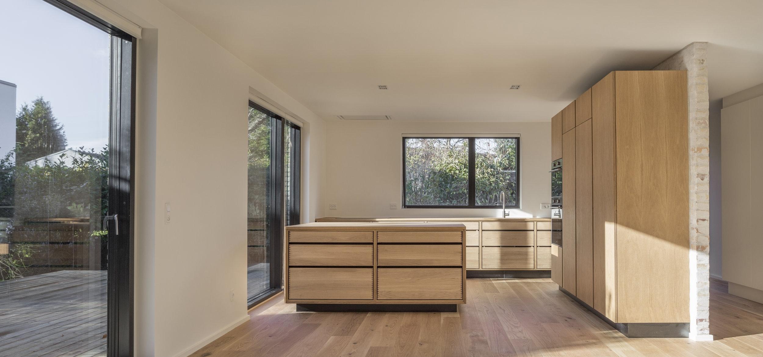 Interior Kitchen 1a.jpg