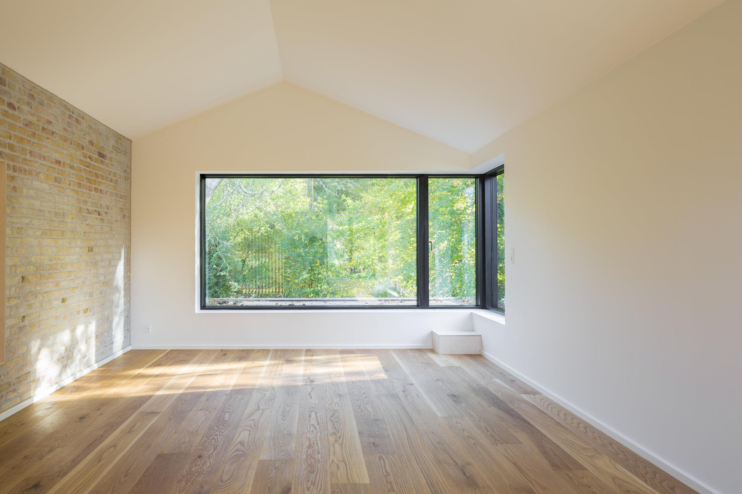 Interior Living Room 2.jpg