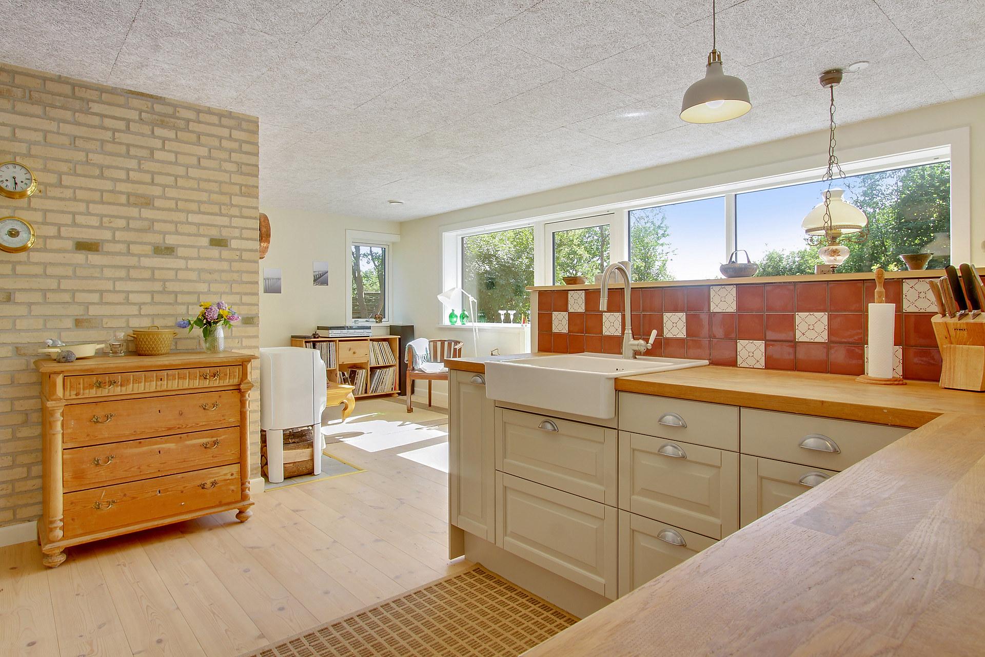 Køkkenalrum fritidshus .jpg