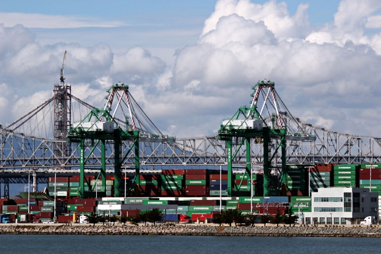 port-of-oakland-containers.jpg