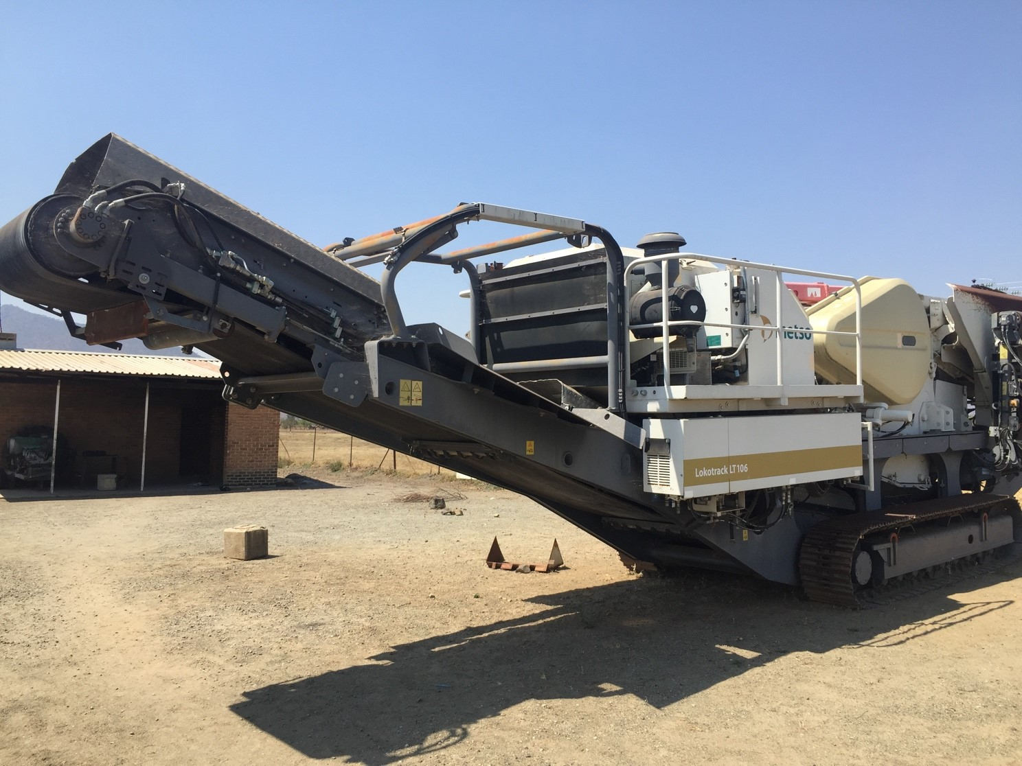 Figure 1:  Mobile Jaw Crusher - Metso Lokotrack LT106 in Lilongwe to be acquired by Force