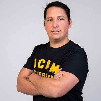 Jaime Yhon - Coordinador de Eventos Esports