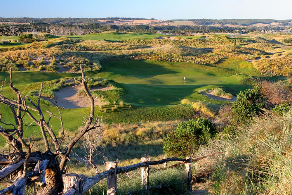 Barnbougle Dunes Golf Club - Located on the north east of Tasmania. Stunning scenery complements this amazing links golf course.