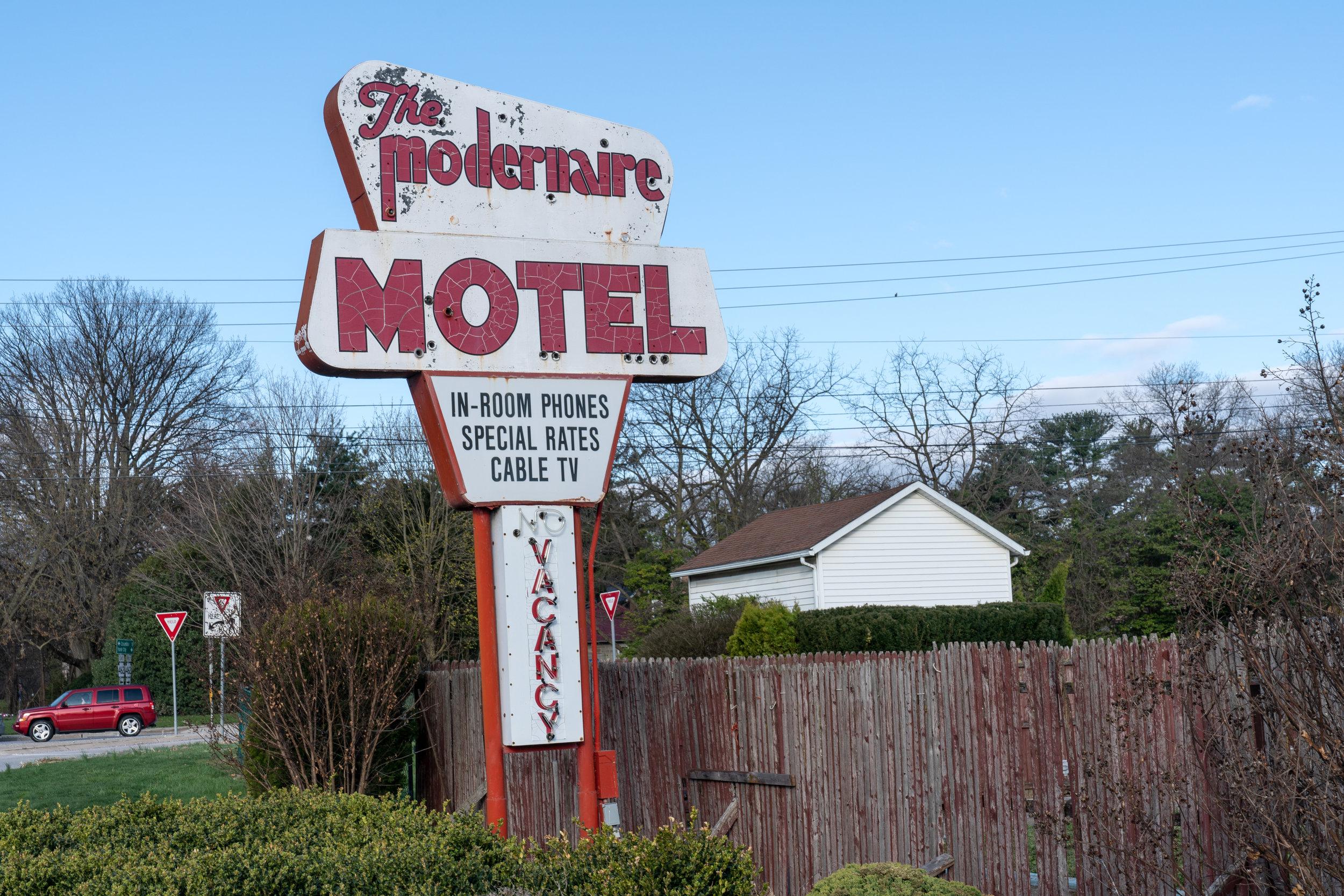 The Modernaire Motel, York Pa